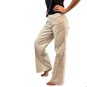 Abercrombie & Fitch Vintage Khakis size 6 Pants
